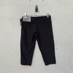 Nike Legend Tight Fit Crop Training Panta